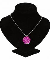 Zilveren ketting met roze steentjes drukknoop