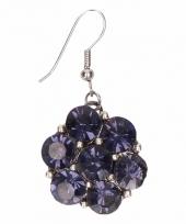 Zilveren oorbellen met blauwe steentjes drukknoop