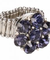 Zilveren ring met blauwe steentjes drukknoop