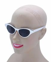 Zilverkleurige zonnebril fifties