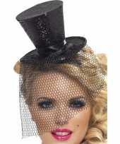 Zwarte mini hoedje op diadeem